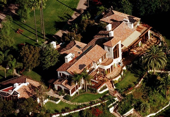 Steven Spielberg Brentwood Estate  Celebrity News: Steven Spielberg Pacific Palisades Home Steven Spielberg Brentwood Estate