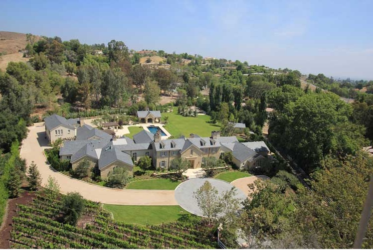 Inside Kim And Kanye 39 S 20 Million Hidden Hills Estate