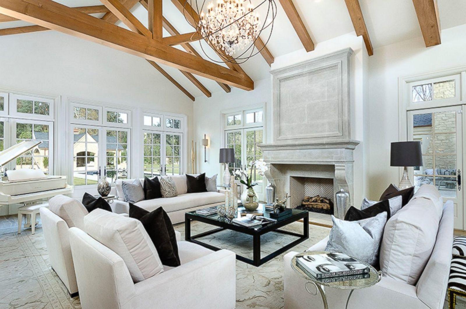 Inside kim and kanye 39 s 20 million hidden hills estate star map los angeles - Kardashian home design ...