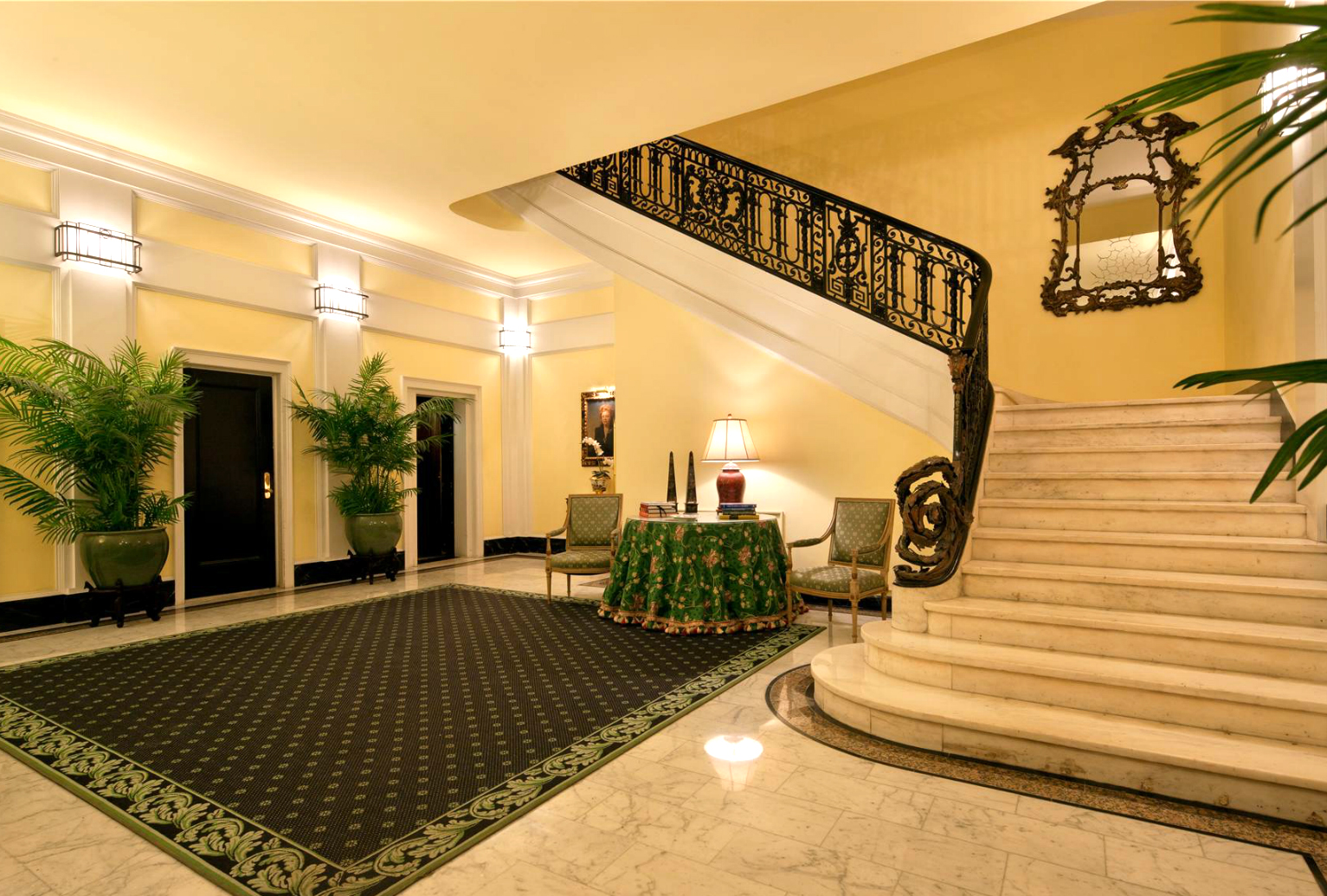 Carson Mansion Floor Plan Inside The Extravagant Penthouse That Joan Rivers Left
